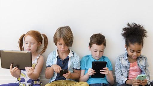 Anak di Australia Rata-Rata Memiliki Sekitar 3 Perangkat Digital