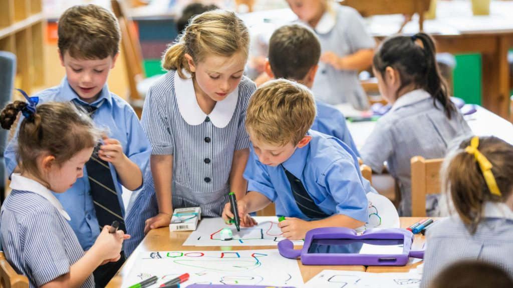 1 dari 4 Siswa Kelas 8 Australia Memiliki Guru yang Tidak Memenuhi Syarat Dalam Matematika